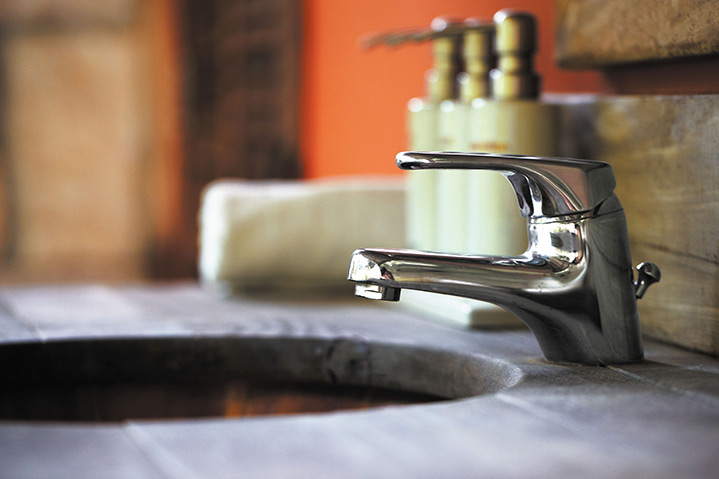 A2B Plumbers are able to fix any leaking taps you may have in Pinner.